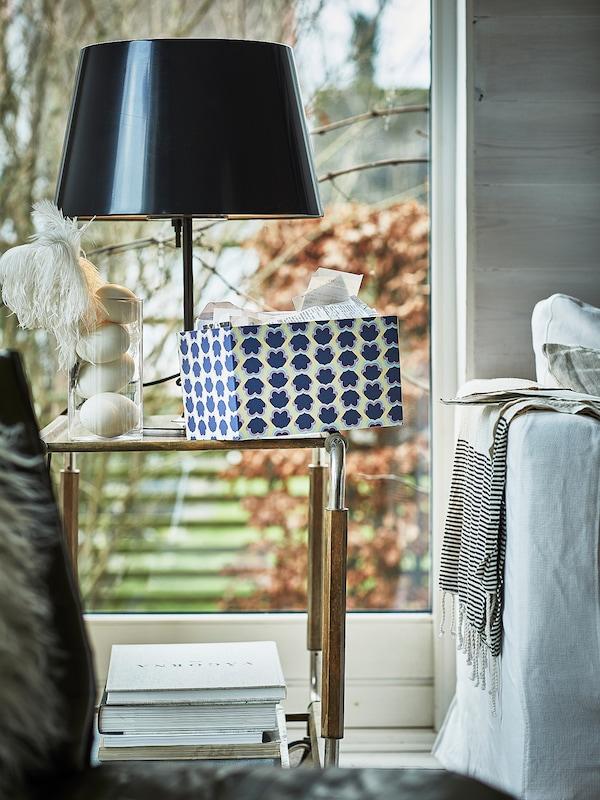 TJENA doosje met deksel blauw/met een patroon 25 cm 18 cm 15 cm