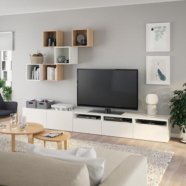BESTÅ / EKET تشكيلة خزانات لتلفزيون أبيض/مظهر سنديان مصبوغ أبيض 300 سم 42 سم 210 سم