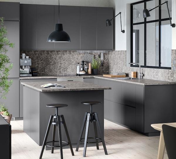 METOD Wall cabinet horizontal w push-open, black/Voxtorp dark grey, 80x40 cm
