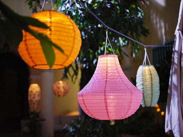 SOLVINDEN LED solar-powered pendant lamp, outdoor/globe gold-colour, 30 cm