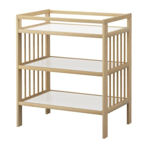 GULLIVER Changing table   Comfortable height for changing the baby.  Practical storage space within close reach.