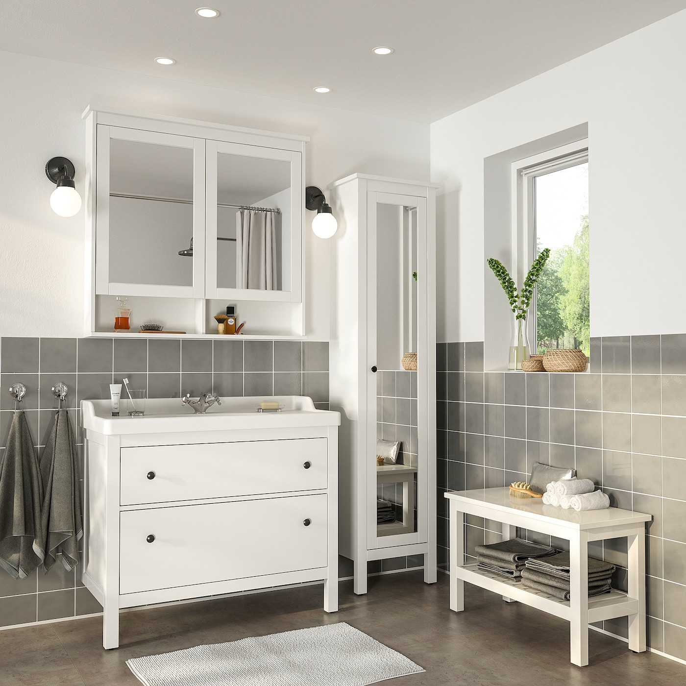 """HEMNES / RÄTTVIKEN Bathroom furniture, set of 100 - white/Runskär faucet 100  10/10 """" (1002 cm)"""
