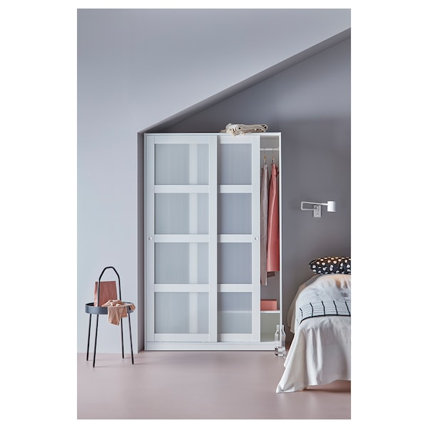 doorswhite 2 with sliding KVIKNE Wardrobe 7y6gbf