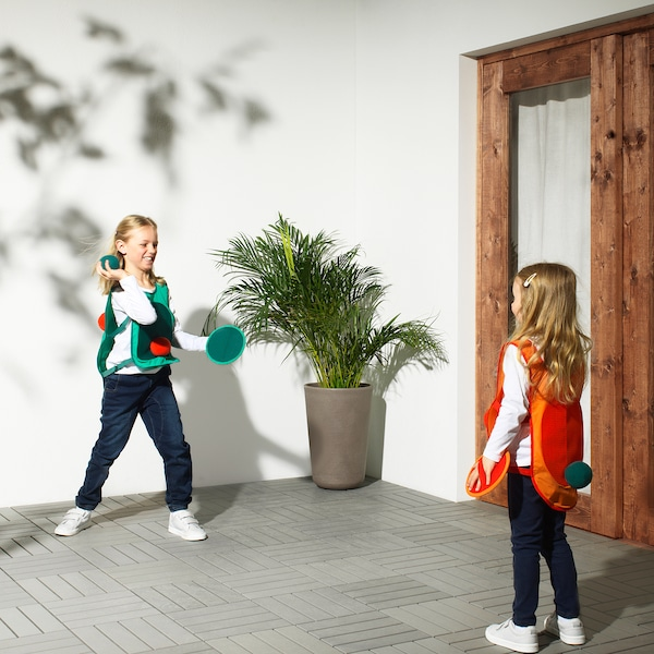 IKEA LUSTIGT Tag game with vest and balls