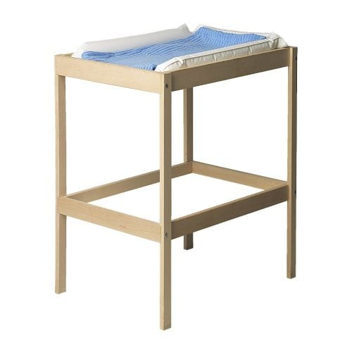 SNIGLAR Changing table   Comfortable height for changing the baby.  Practical storage space within close reach.