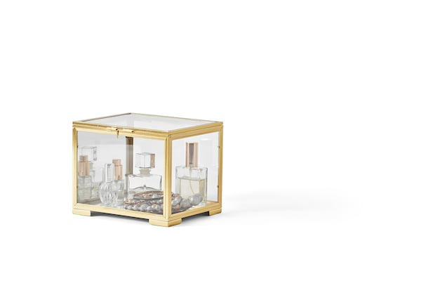 BOMARKEN Vitrine, couleur or, 6 ¾x7 ¾x6 ¼ ""