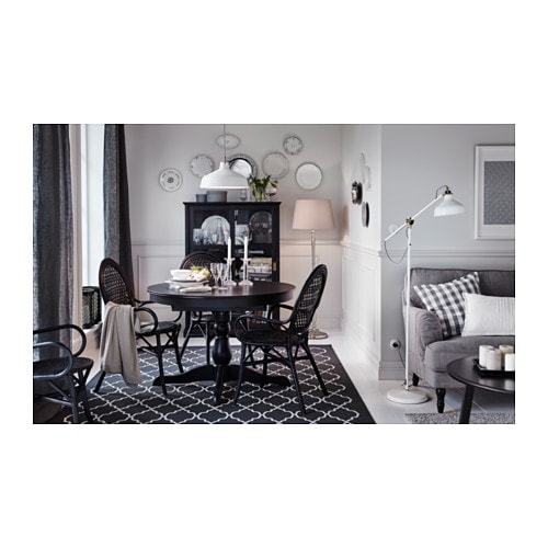 tapis gris design. Black Bedroom Furniture Sets. Home Design Ideas