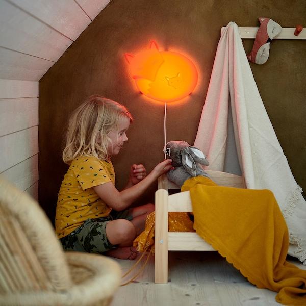 DUKTIG Puppenbett mit Bettset, Kiefer/bunt