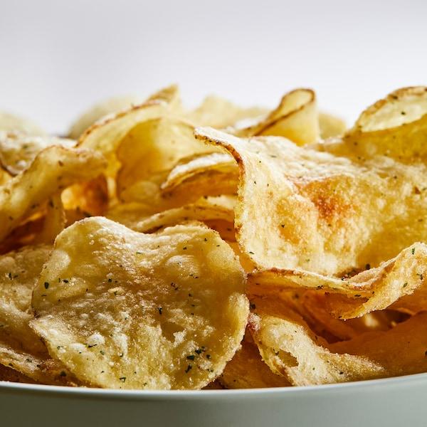 FESTLIGT Kartoffelchips, Saure Sahne/Zwiebel, 150 g