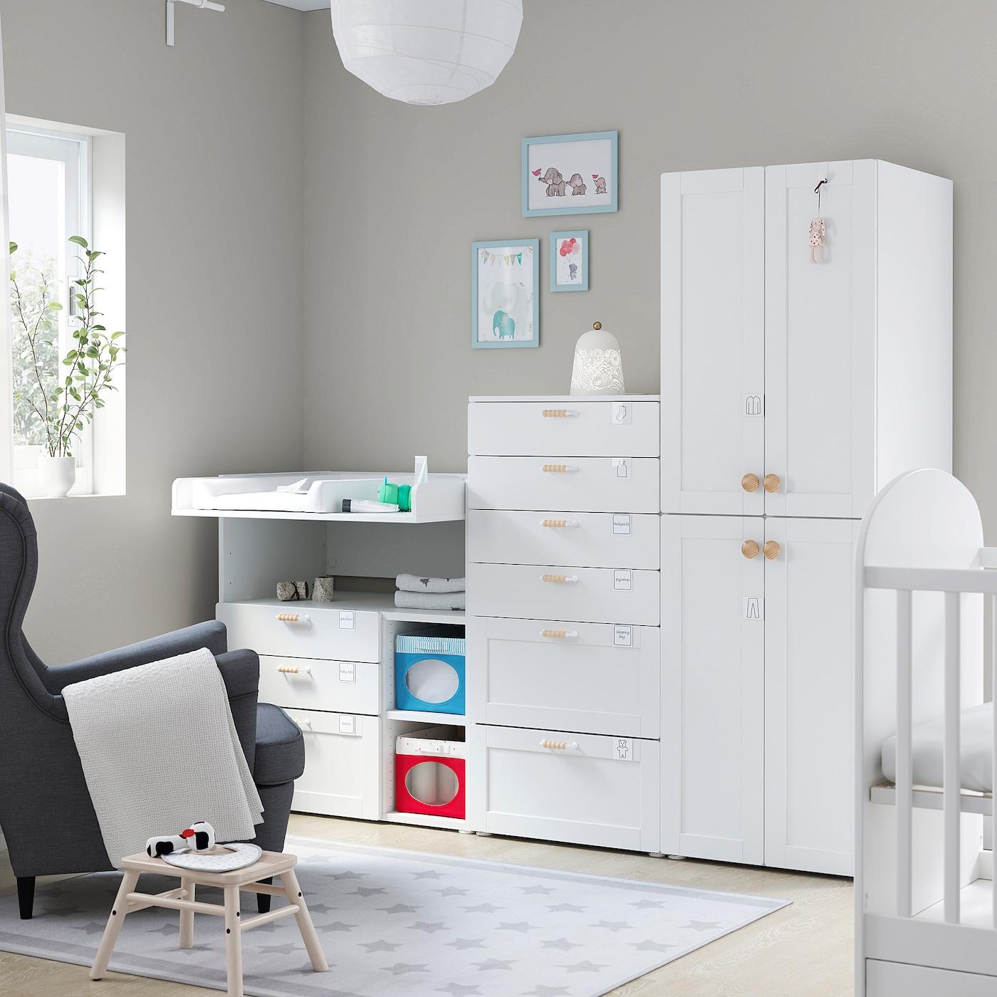 SMÅSTAD / PLATSA Aufbewahrungskombi, weiß mit Rahmen/mit Wickel, 210x79x180 cm