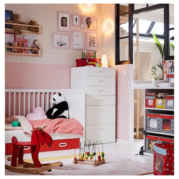STUVA / FRITIDS Babybett mit Schubfächern rot 146 cm 74 cm 92 cm 70 cm 140 cm 20 kg