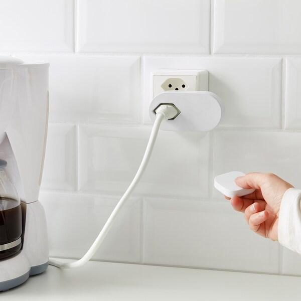 TRÅDFRI Kit prise connectée + télécommande
