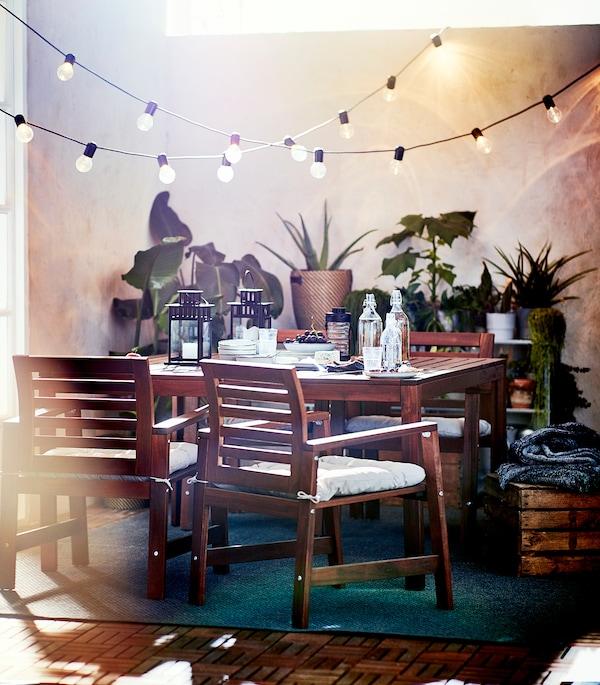 ÄPPLARÖ Tavolo da giardino, mordente marrone, 140x140 cm