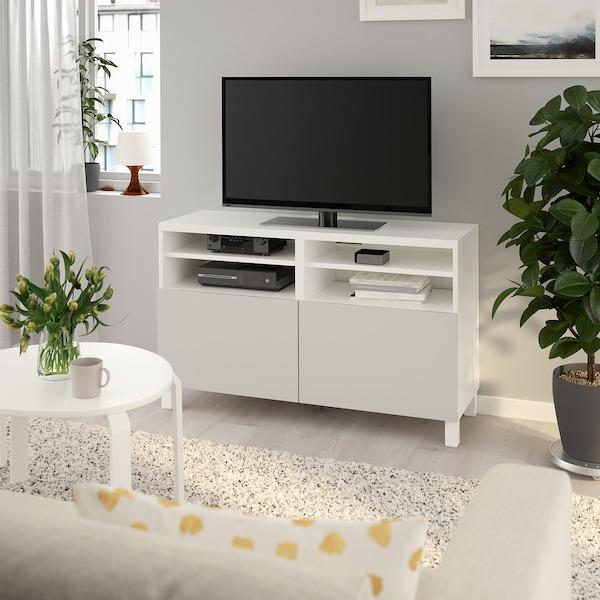 BESTÅ Mobile TV con ante, bianco/Lappviken/Stubbarp grigio chiaro, 120x42x74 cm