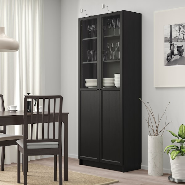 BILLY Libreria con pannello/ante a vetro, marrone-nero, 80x42x202 cm