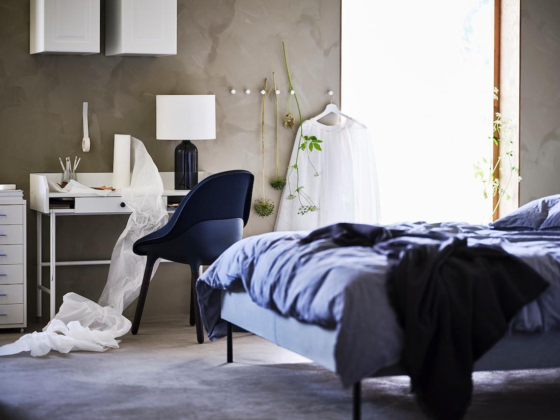 HAUGA Scrivania, bianco, 100x45 cm - IKEA Svizzera