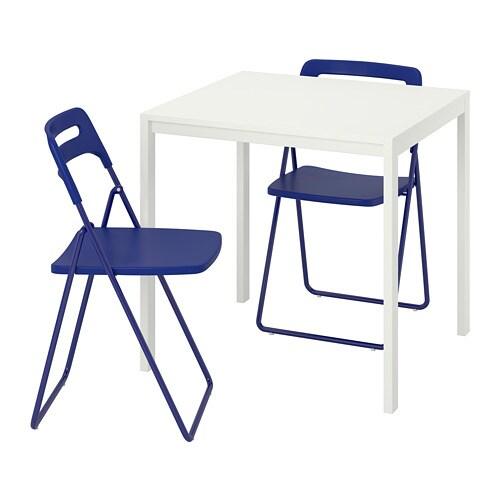 Tavoli E Sedie Pieghevoli.Melltorp Nisse Tavolo E 2 Sedie Pieghevoli Bianco Blu Lilla Scuro