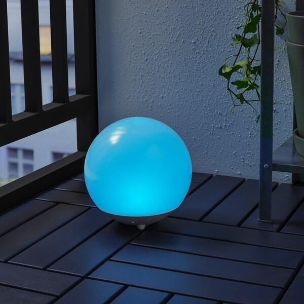 SOLVINDEN Illuminazione LED/energia solare, da esterno/globo bianco