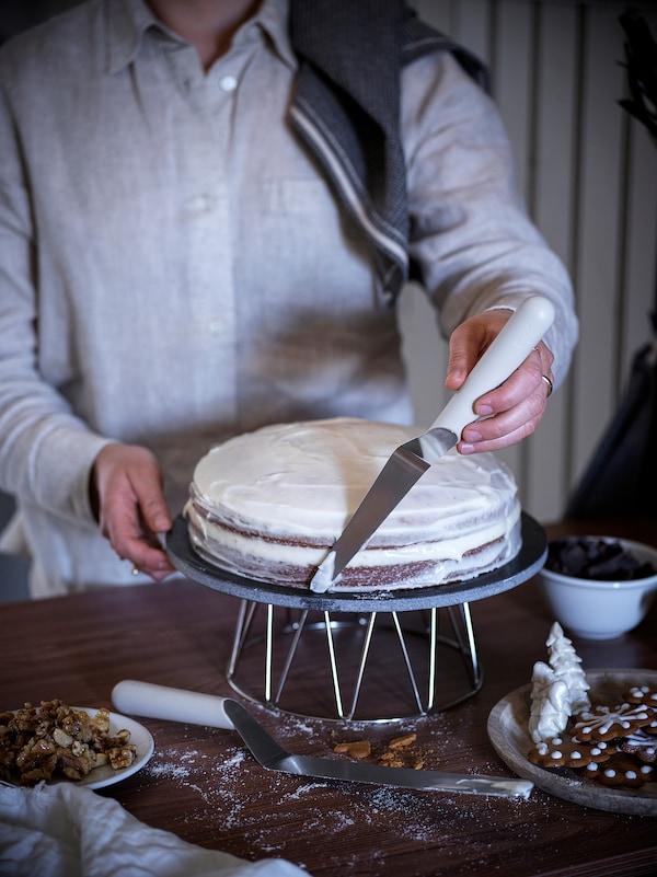 LÄTTBAKAD Cukrářský nůž, rostírací
