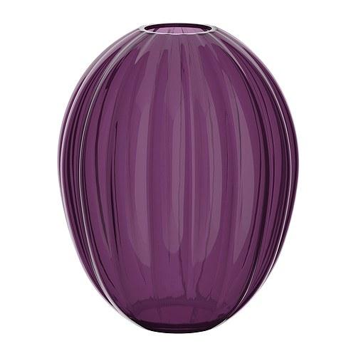 VÅRLIKT Váza IKEA Vázu z ručně foukaného skla vytvořil zkušený umělec.