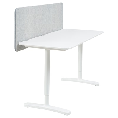 BEKANT Schreibtisch mit Abschirmung, weiß/grau, 140x60 48 cm