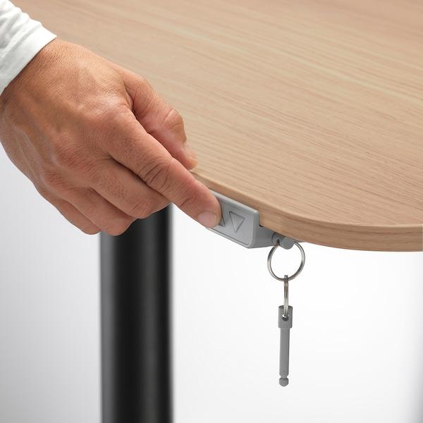 BEKANT Schreibtisch sitz/steh, Eichenfurnier weiß lasiert/schwarz, 160x80 cm
