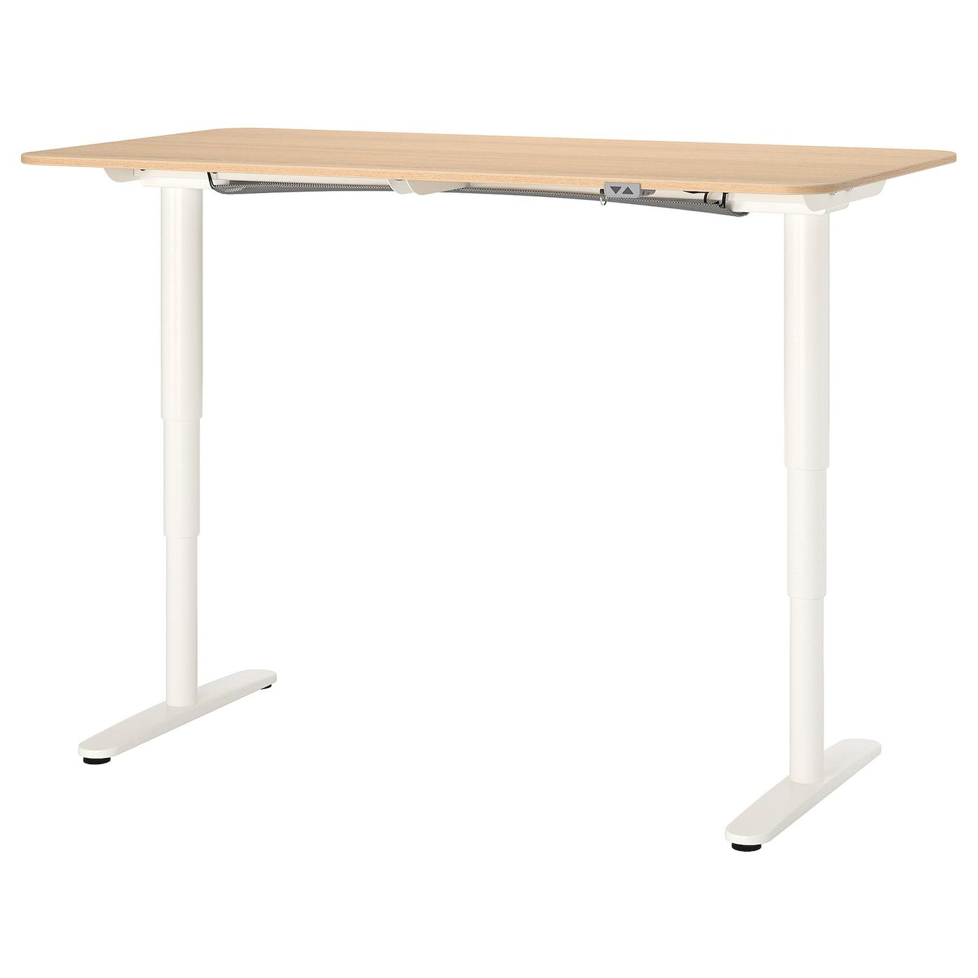 BEKANT Schreibtisch sitzsteh Eichenfurnier weiß lasiertweiß 160x80 cm