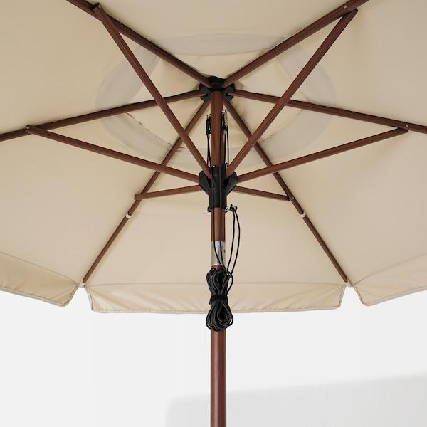 BETSÖ / VÅRHOLMEN Sonnenschirm mit Ständer, Holzeffekt braun beige/Huvön, 300 cm