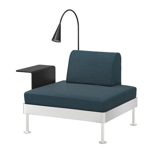 delaktig sessel mit ablage und leuchte hillared dunkelblau ikea. Black Bedroom Furniture Sets. Home Design Ideas