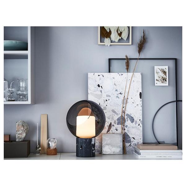 EVEDAL Tischleuchte, Marmor/grau rund