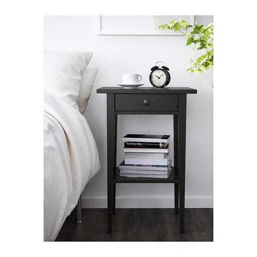 hemnes ablagetisch schwarzbraun ikea. Black Bedroom Furniture Sets. Home Design Ideas