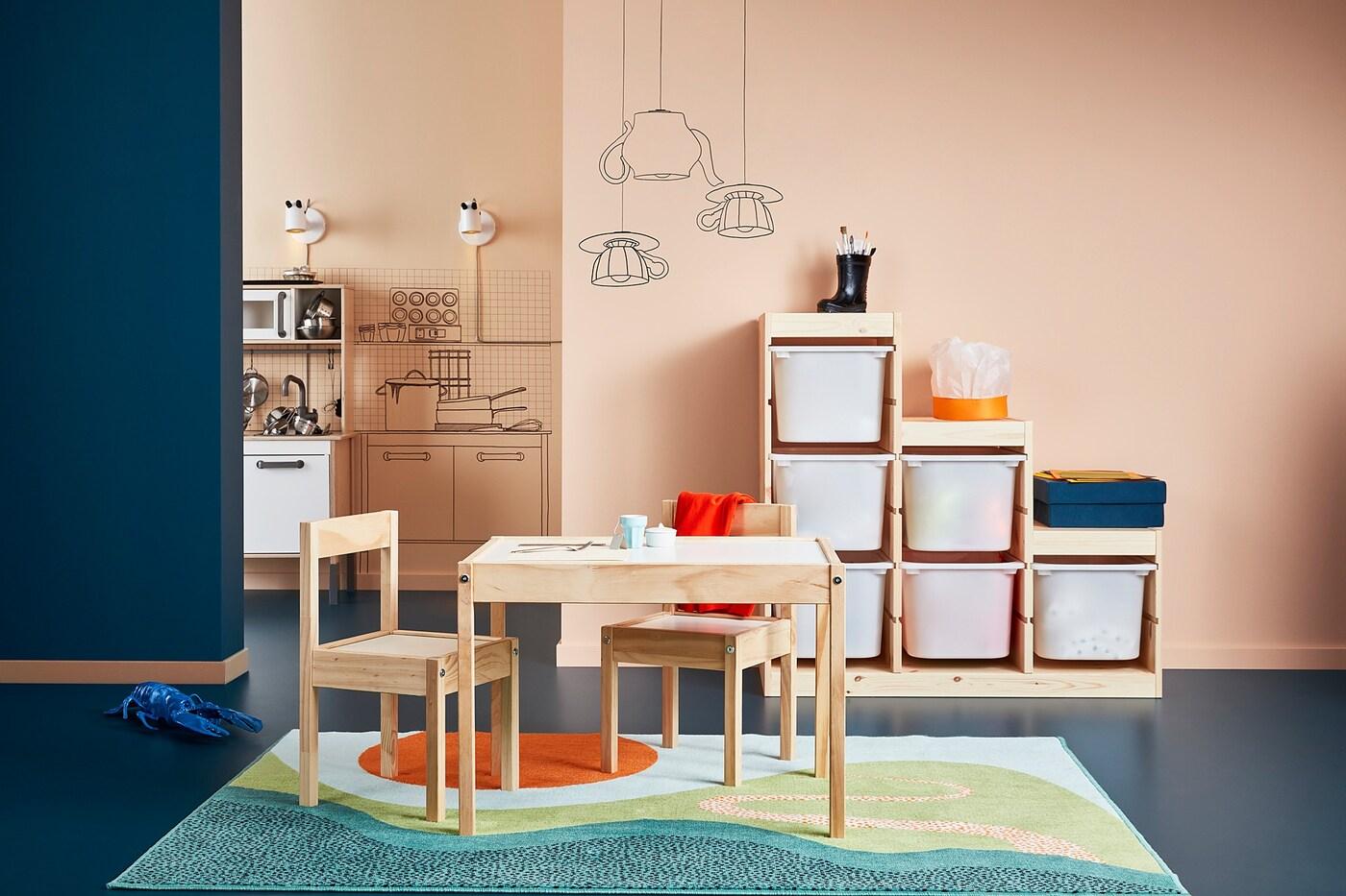 LÄTT Kindertisch mit 2 Stühlen weißKiefer