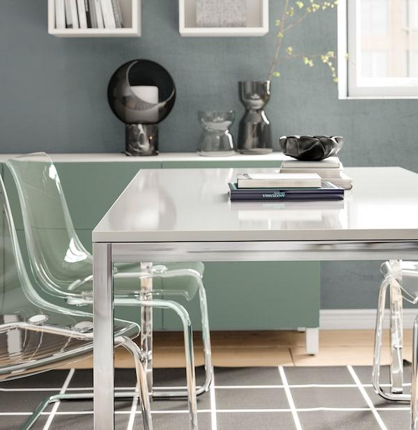 TORSBY Tisch, verchromt/Hochglanz weiß, 135x85 cm