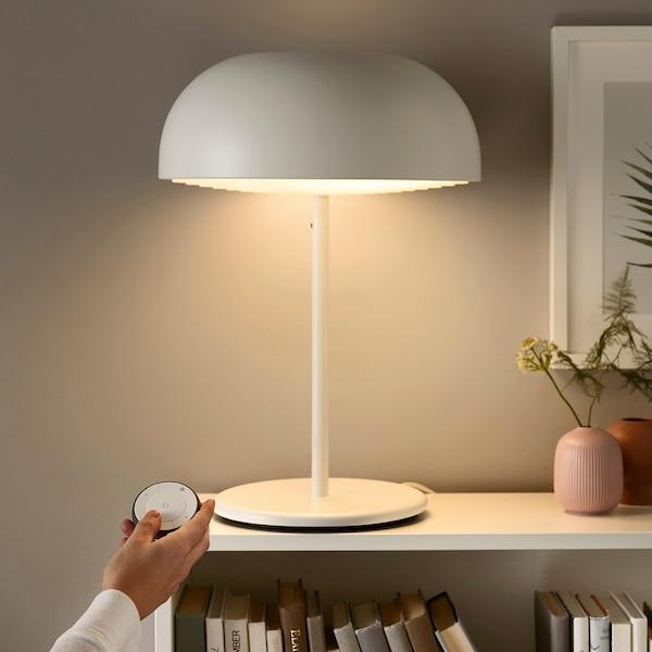 IKEA TRÅDFRI Set mit fernbedienung
