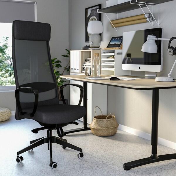 BEKANT/MARKUS / EKET Skrivebords- og opbevaringskombina, og drejestol hvid/hvid bejdse mørkegrå