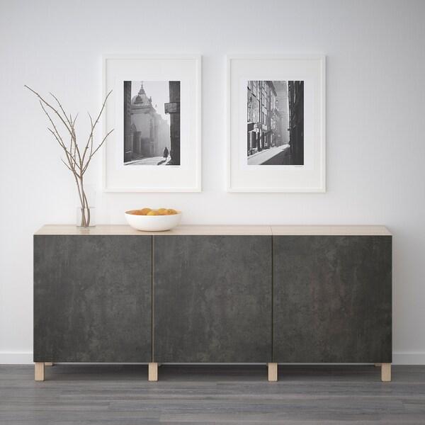 BESTÅ Opbevaring med låger, egetræsmønster med hvid bejdse Kallviken/mørkegrå betonmønstret, 180x40x74 cm