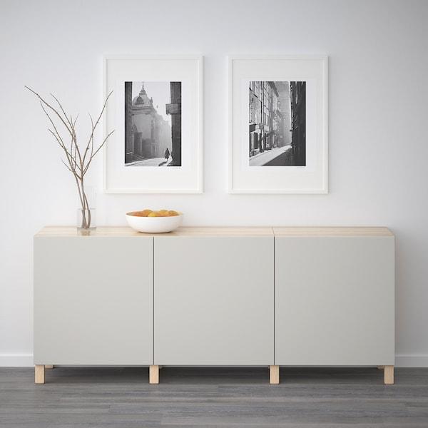 BESTÅ Opbevaring med låger, egetræsmønster med hvid bejdse/Lappviken lysegrå, 180x42x65 cm