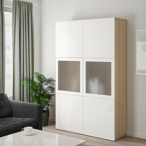 BESTÅ Opbevaringsløsning med vitrinelåger, egetræsmønster med hvid bejdse/Selsviken højglans/hvidt frostet glas, 120x40x192 cm
