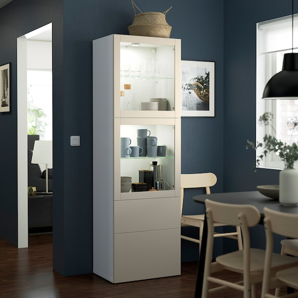 BESTÅ Opbevaringsløsning med vitrinelåger, hvid Lappviken/lys gråbeige klart glas, 60x42x193 cm