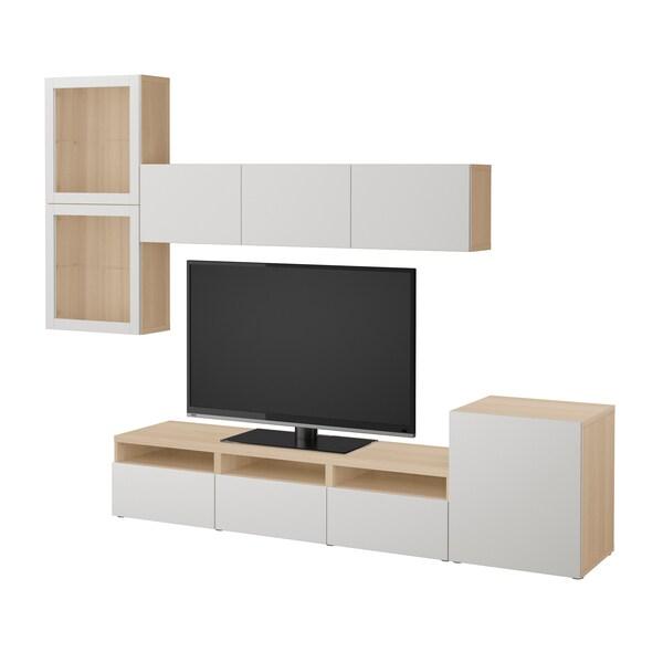 BESTÅ Tv-møbel med vitrinelåger, egetræsmønster med hvid bejdse/Lappviken lysegråt klart glas, 300x42x211 cm