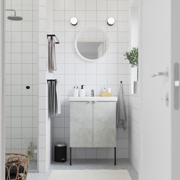 ENHET / TVÄLLEN Skab til vask med 2 låger, betonmønstret/grå PILKÅN blandingsbatteri, 64x43x87 cm