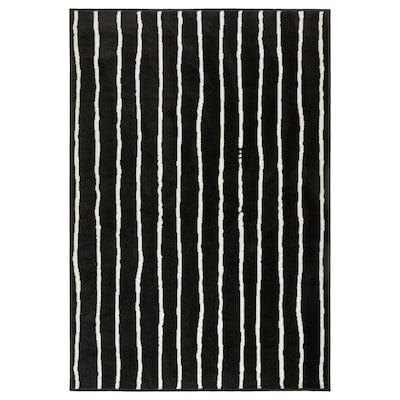 GÖRLÖSE Tæppe, kort luv, sort/hvid, 133x195 cm