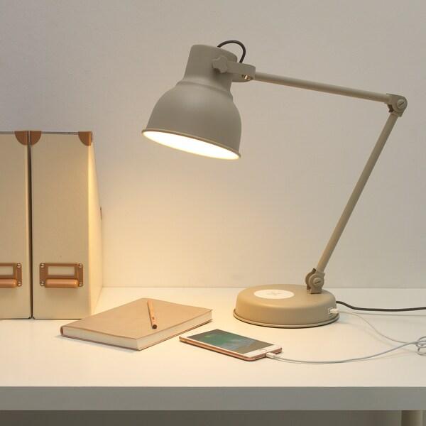 HEKTAR skrivbordslampe med trådløs opladn beige 7 W 16 cm 18 cm 1.9 m