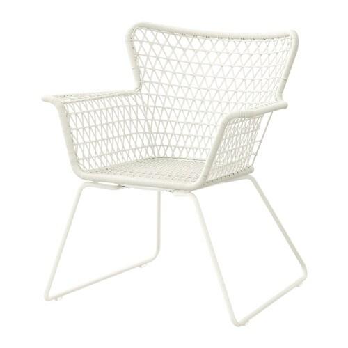 HÖGSTEN Stol IKEA Håndflettet plastrotting har samme udseende som naturlig rotting, men kan holde til at blive brugt udendørs. Nem at gøre ren.