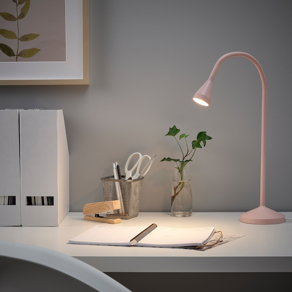 NÄVLINGE LED-skrivebordslampe, lyserød