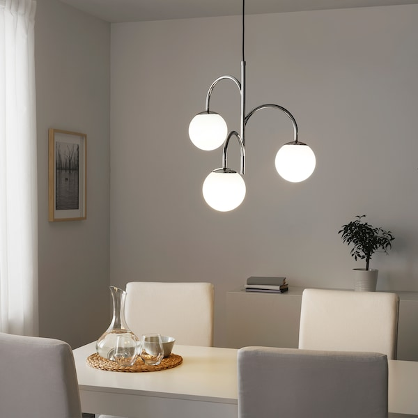SIMRISHAMN Loftlampe, 3-armet, forkromet/opalhvid glas