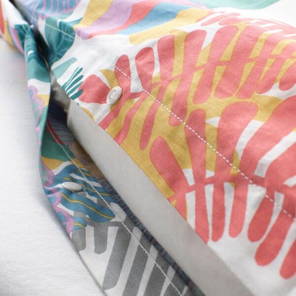 SKOGSFIBBLA dynebetræk og 1 pudebetræk hvid/multifarvet 152 Tomme² 1 stk 200 cm 140 cm 60 cm 70 cm