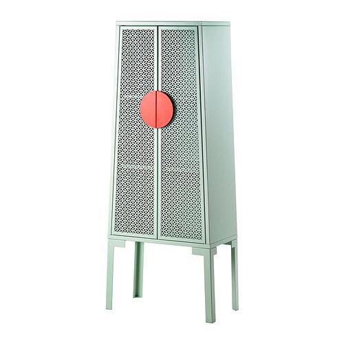 TRENDIG 2013 Skab IKEA Du får et glimt af skabets indhold gennem mønstret i lågerne. Høje ben gør det nemt at gøre rent.
