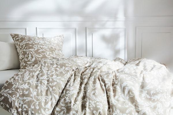 VÅRBRÄCKA Dynebetræk og pudebetræk, beige/hvid, 140x200/60x70 cm