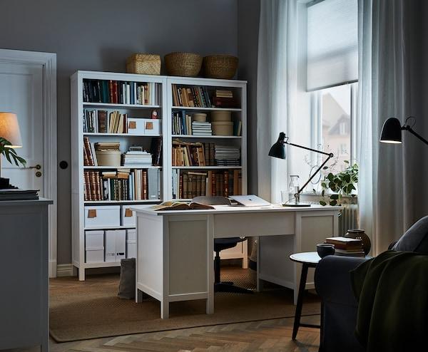 HEMNES مكتب, صباغ أبيض, 155x65 سم